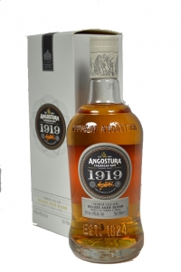 Angostura 1919 8 years 70cl